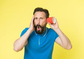 Appareil auditif ou entrainement auditif, protection anti bruit