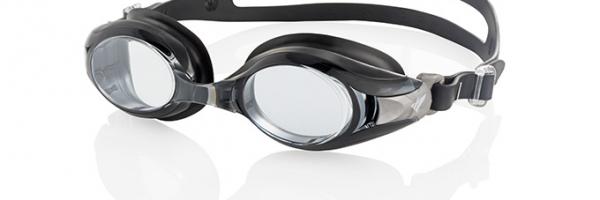 lunettes de piscine à la vue